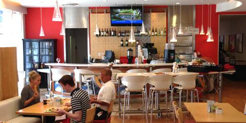 Phi bar hotel indigo